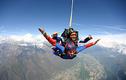 Fallschirmspringen im Tessin